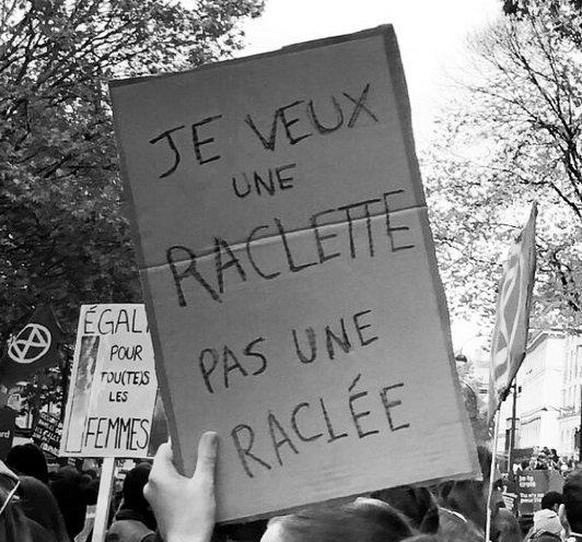 manif2.jpg?resize=1200,630 - Marche #NousToutes: Découvrez notre sélection des meilleures banderoles vues dans les rues