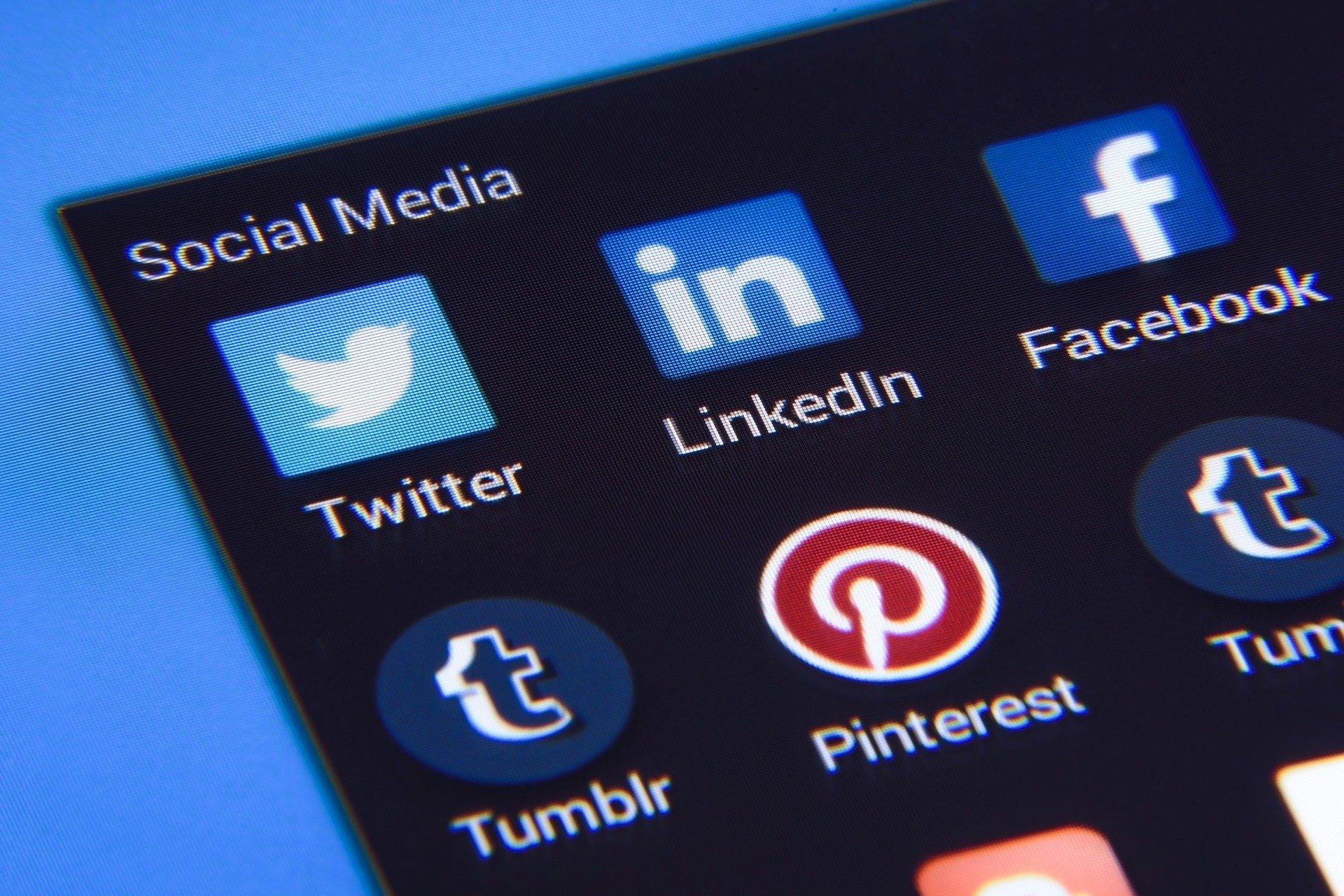social media 1795578 1920.jpg?resize=412,275 - L'administration fiscale a désormais le droit de surveiller vos réseaux sociaux