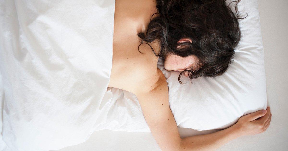 1 219.jpg?resize=1200,630 - 6 Beneficios De Empezar A Dormir Sin Ropa