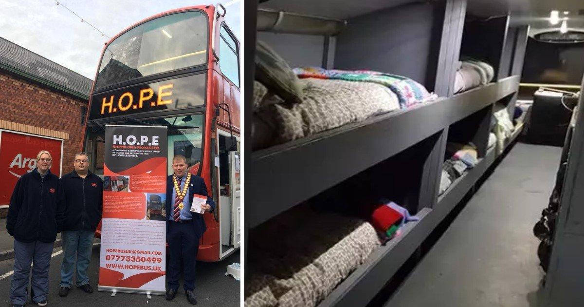 a 73.jpg?resize=412,232 - Une équipe de bénévoles a converti un bus de ville en refuge pour les sans-abri