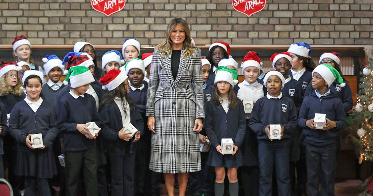 melania trump wrapped christmas presents and donated to local families at salvation army centre in london.jpg?resize=412,232 - Melania Trump Wrapped Christmas Presents And Donated To Local Families At Salvation Army Center In London
