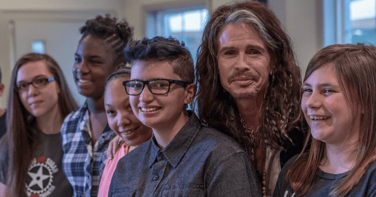 t3.png?resize=412,232 - Aerosmith's Steven Tyler Opened Another Home For Women Who Have Been Mistreated