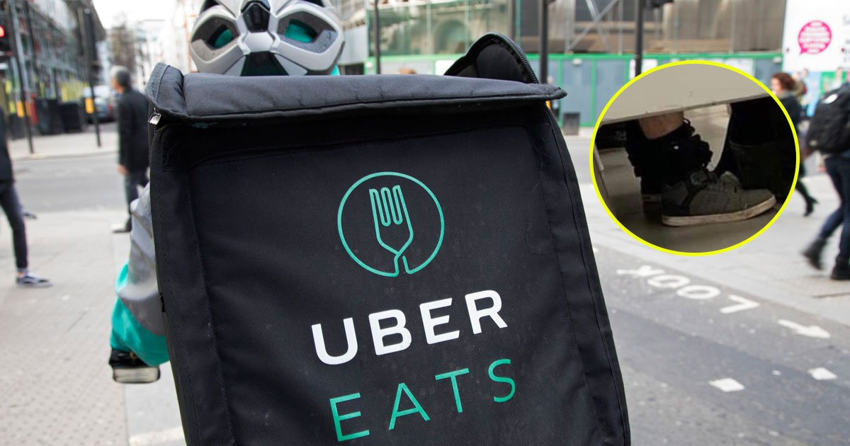 ubereats rider using toilet with food.jpg?resize=1200,630 - Picture Of UberEats Delivery Rider Using The Toilet With The Food Delivery Bag Is Going Viral