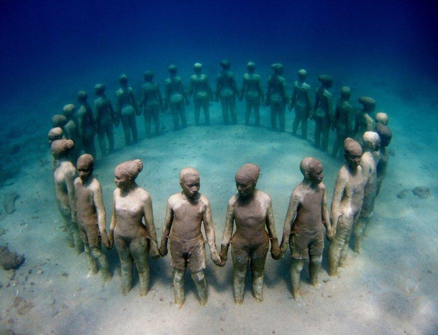 Viccisitudes By Jason Decaires Taylor, Grenada, Vest Indies