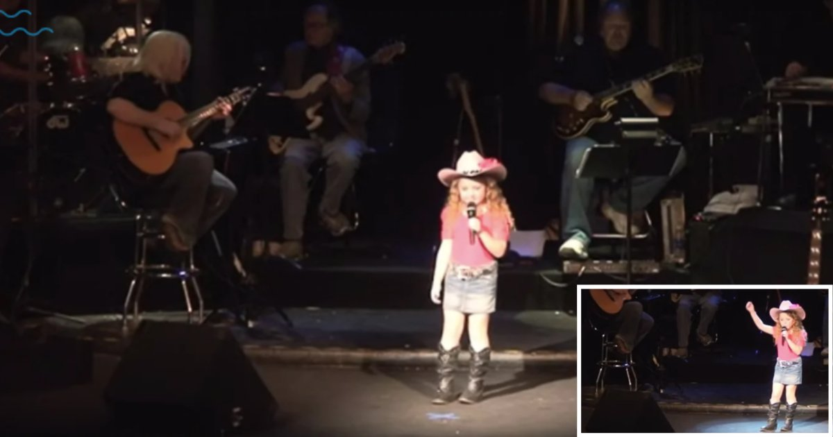 6 5.png?resize=1200,630 - A Little Girl In The Cowgirl Costume Made Everyone Fall In Love With Her