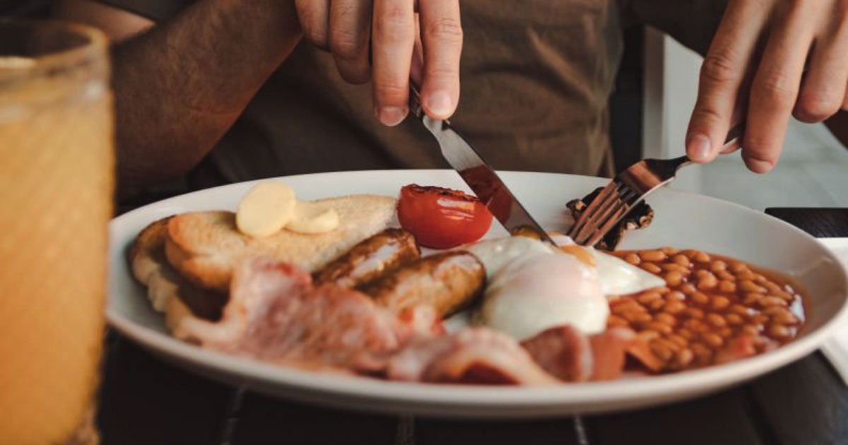 a new study found the full english breakfast came out on top as the uks favourite breakfast.jpg?resize=1200,630 - Full English Breakfast Came Out On Top As UK's Favorite Breakfast, According To A Survey