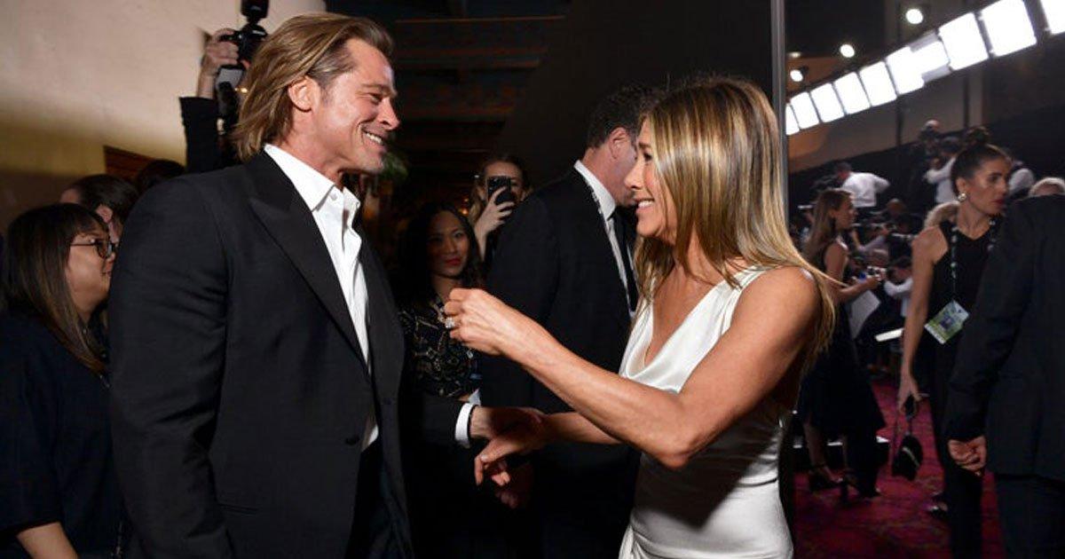brad pitt jennifer aniston.jpg?resize=300,169 - Photographer - Who Captured Brad Pitt And Jennifer Aniston Reuniting - Revealed What Happened Before She Took Their Pictures