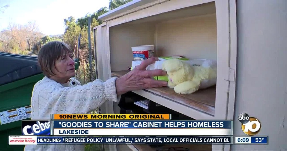 """c3 6.jpg?resize=1200,630 - A Woman Set Up A Heartwarming """"Goodies To Share"""" Cabinet For The Homeless"""