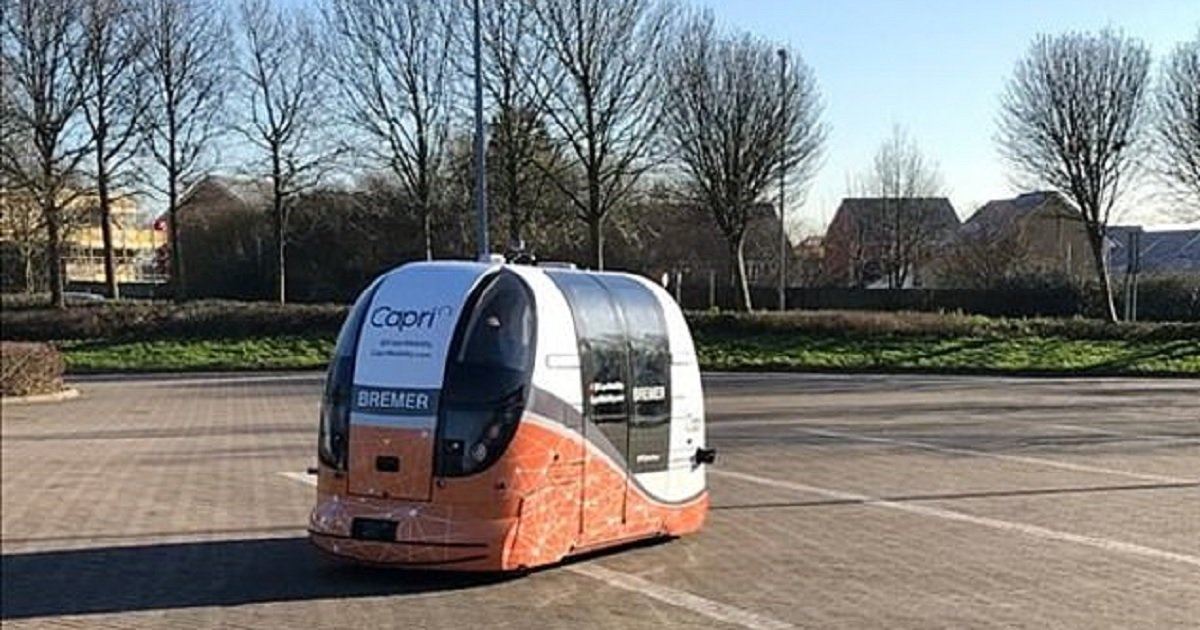 """d3 5.jpg?resize=1200,630 - Futuristic """"Driverless Pods"""" Went On Trial Run At A Shopping Center In UK"""