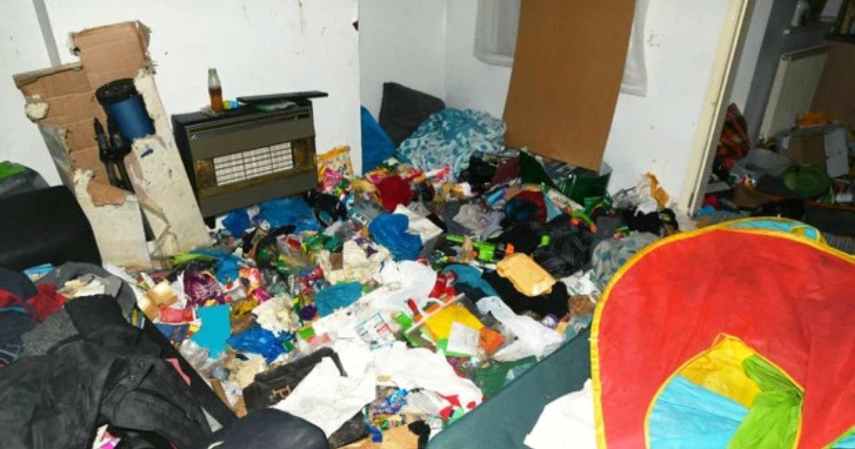 dirty6.png?resize=1200,630 - Parents Of Young Boy Who Was Found Living In Rubbish Home Surrounded By Flies And Needles Avoid Jail Time