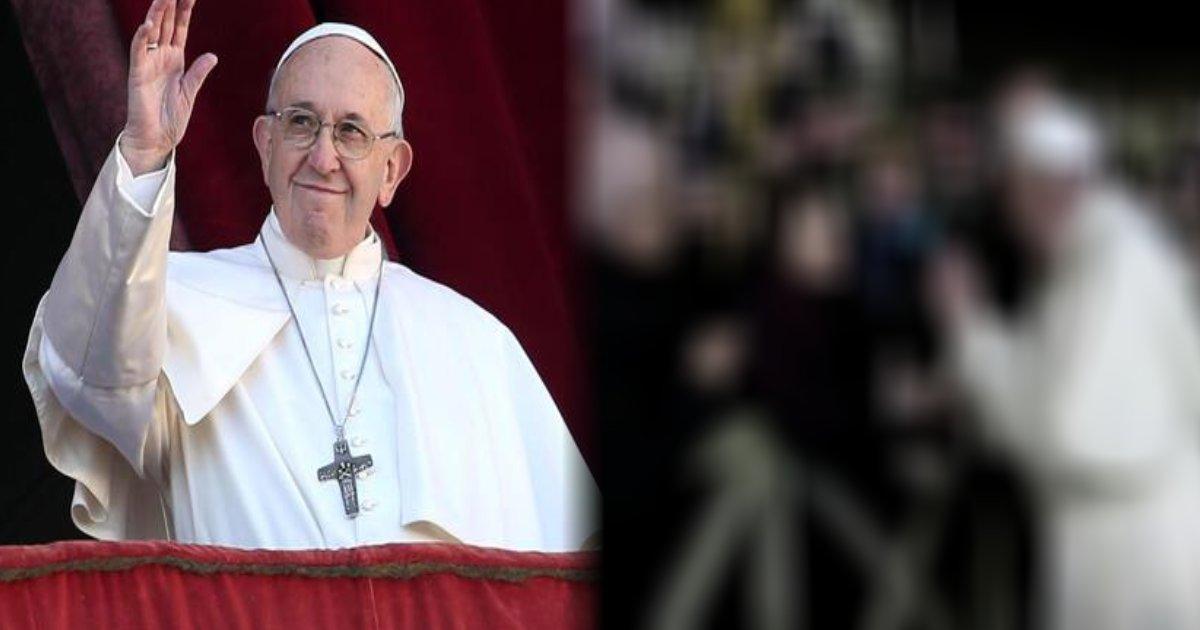 e696b0e8a68fe38397e383ade382b8e382a7e382afe38388 14.png?resize=300,169 - 【動画あり】教皇だって人間、ブチ切れて女性の手をたたくこともアリ?