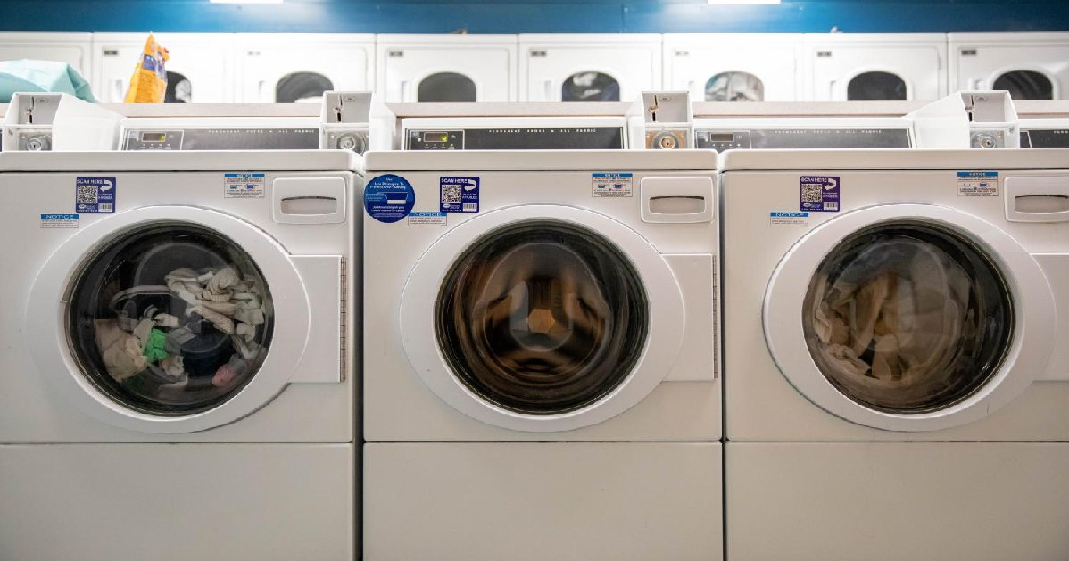 laundry.png?resize=1200,630 - High School Installed Washing Machines To Help Homeless Students