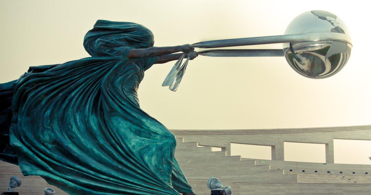 lorenzoquinn 2.jpg?resize=300,169 - 40+ Of The Most Stunning Sculptures Around The World
