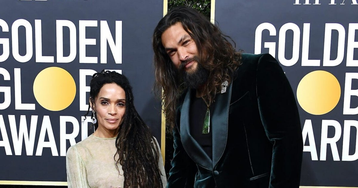 momoa6.png?resize=1200,630 - Jason Momoa Caused Internet Frenzy After Ditching Golden Globes Jacket To Take Care Of Cold 'Wifey'