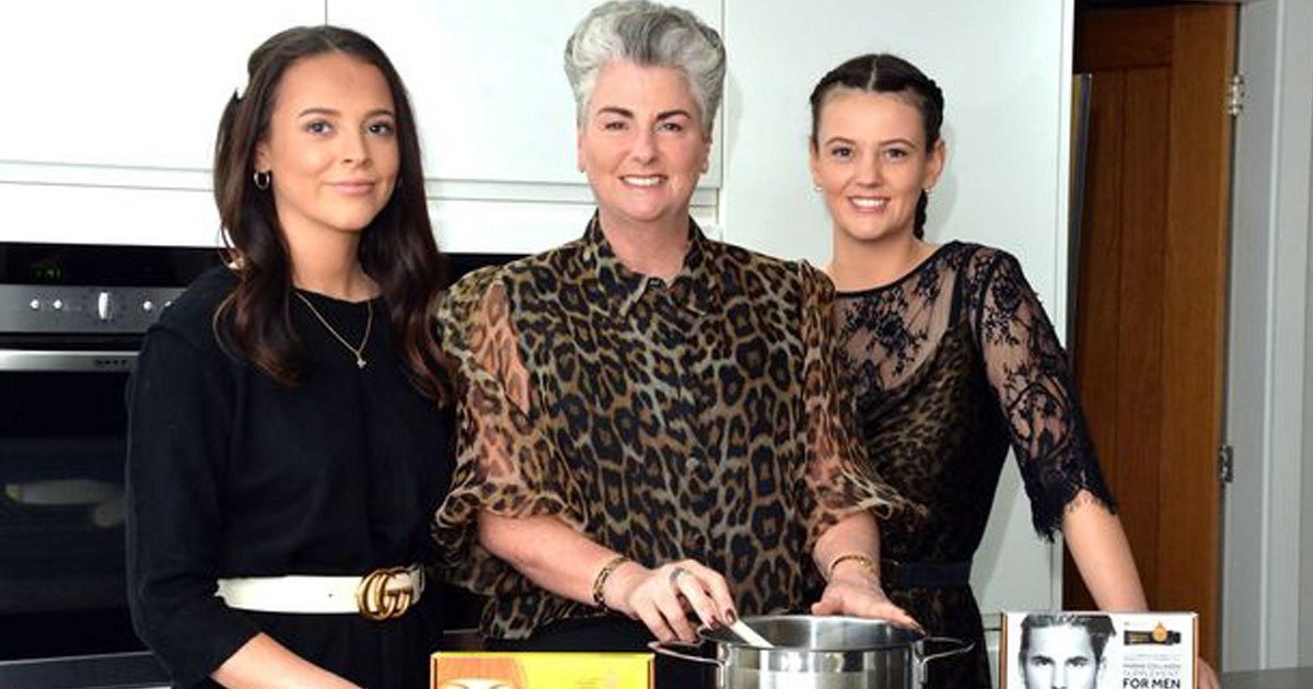 mum daughter business 10 million from home.jpg?resize=1200,630 - Mother And Daughters Set Up A £10 Million Beauty Business From Their Home