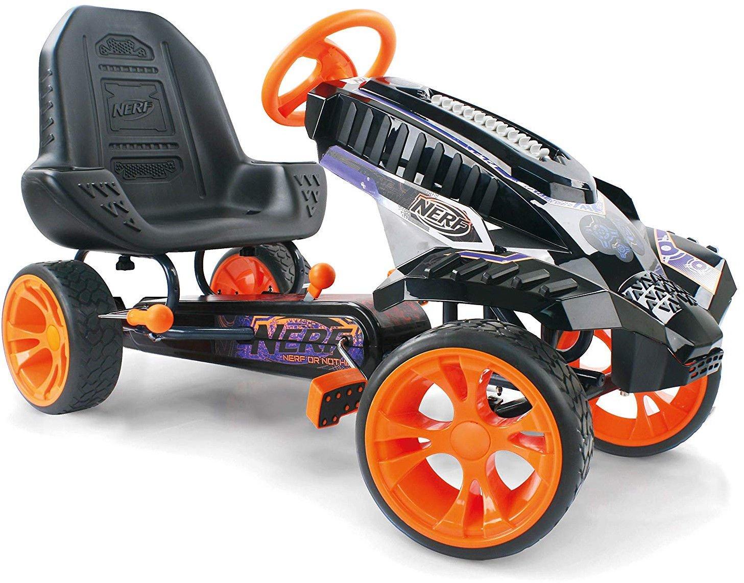 nerf1.jpg?resize=1200,630 - On a déniché le jouet idéal pour votre enfant: la voiture Nerf qui tire des balles en mousse !