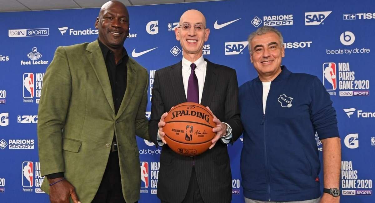 ob 9058f6 20200125 215714.jpg?resize=412,232 - La superstar du basket, Michael Jordan, était de passage à Paris avec ses potes de la NBA
