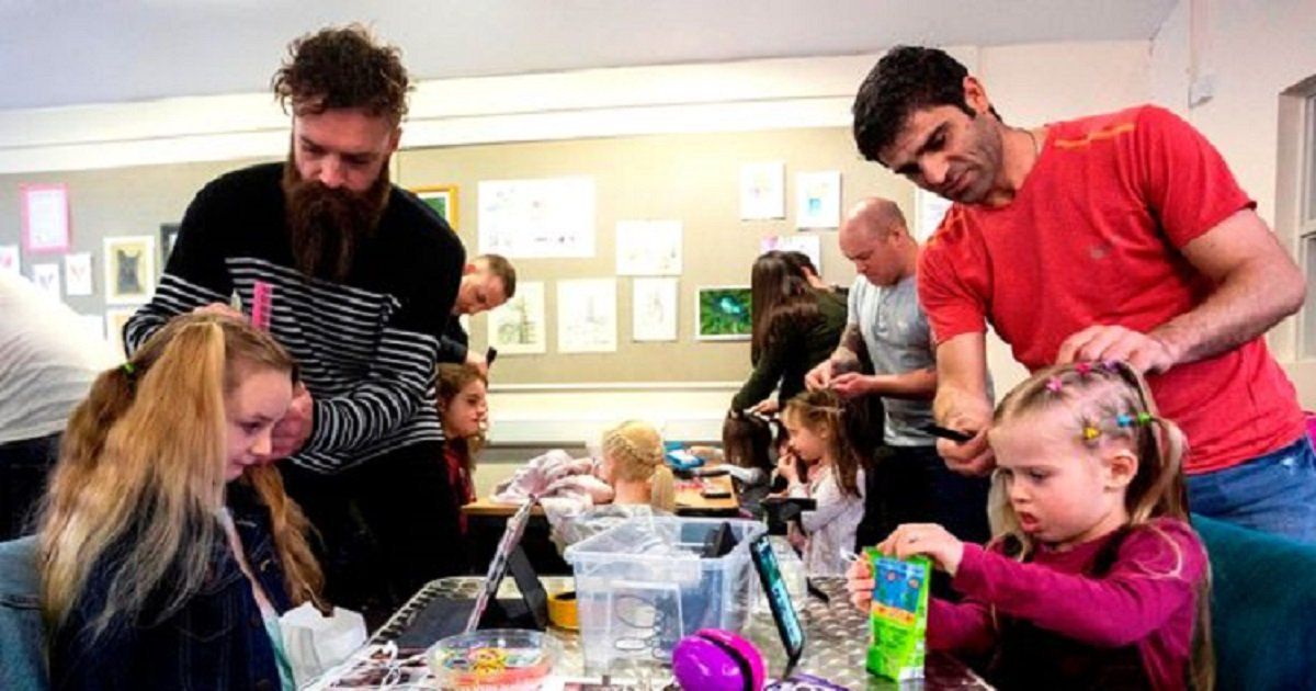 p3 9.jpg?resize=1200,630 - A Dad Held Workshops To Teach Other Dads How To Plait Their Daughters' Hair