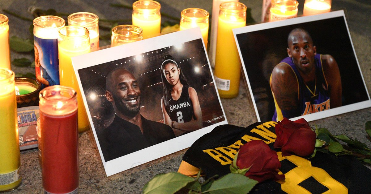 untitled 1 115.jpg?resize=1200,630 - Fans Gathered To Pay Respect To Kobe Bryant At Staples Center In Los Angeles