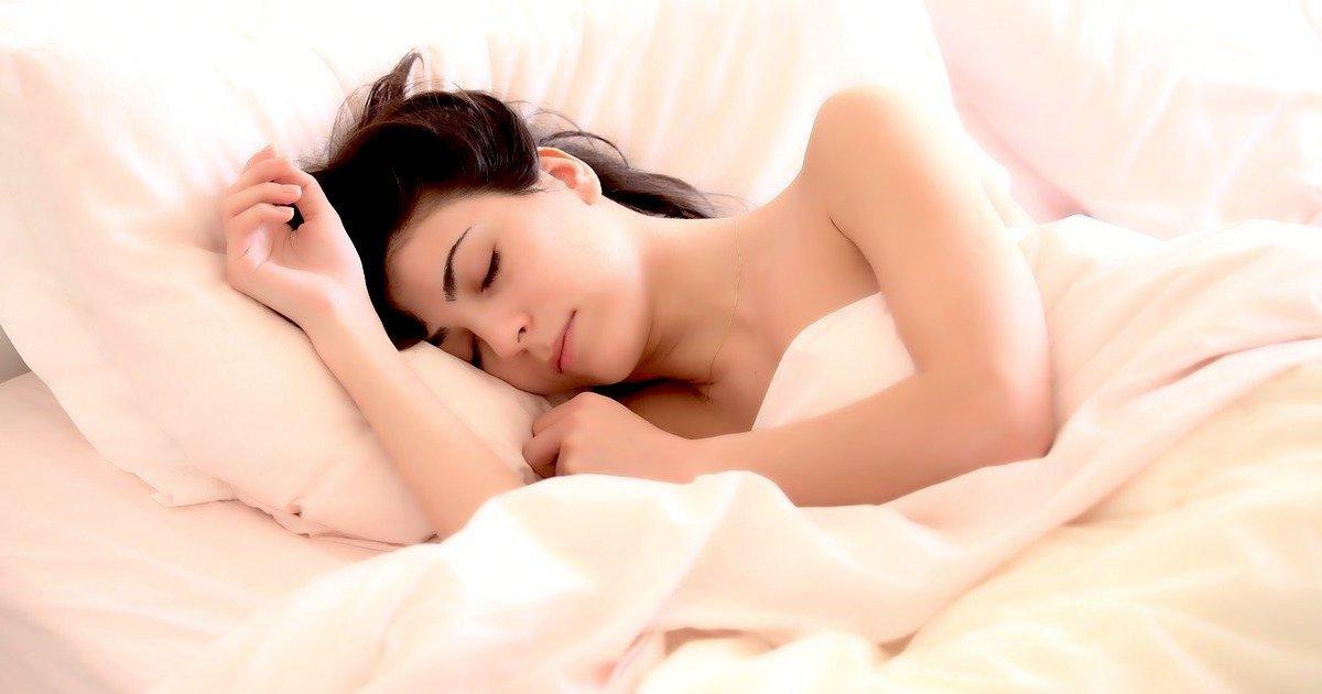 woman 2197947 1280.jpg?resize=412,232 - D'après une étude, les couche-tôt vivraient plus longtemps