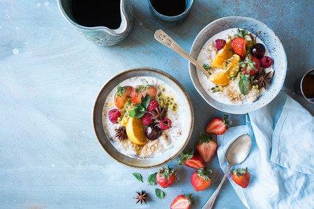 Resultado de imagen de pareja desayuno sano