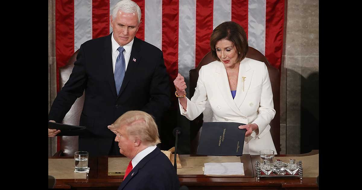 2 panel 2.jpg?resize=412,232 - Donald Trump SNUBBED Nancy Pelosi before starting his State of the Union.