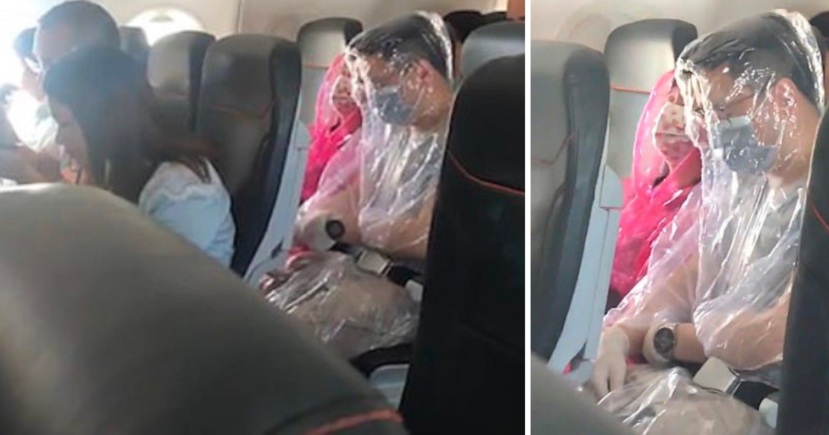 3 120.jpg?resize=412,232 - Passengers Wrapped Themselves In Sheets During A Flight To Avoid Contact With The Coronavirus