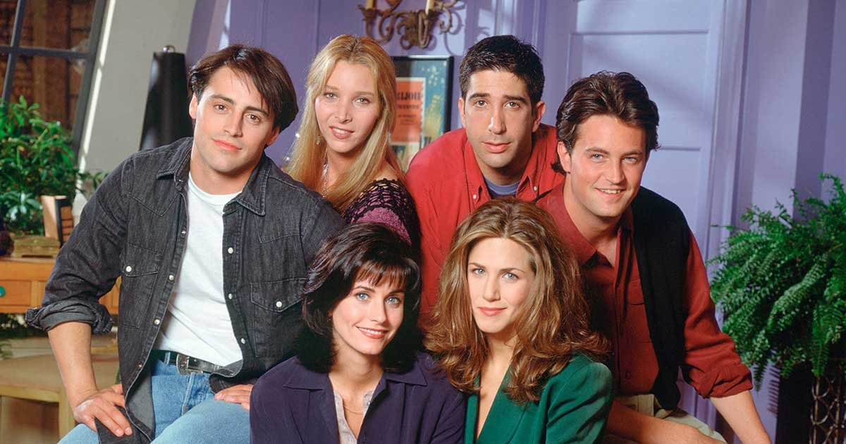 5cde7d6493a1521ba14f9ff2.jpg?resize=412,232 - Friends Full Cast Nears Deal for A Reunion Special with HBO Max