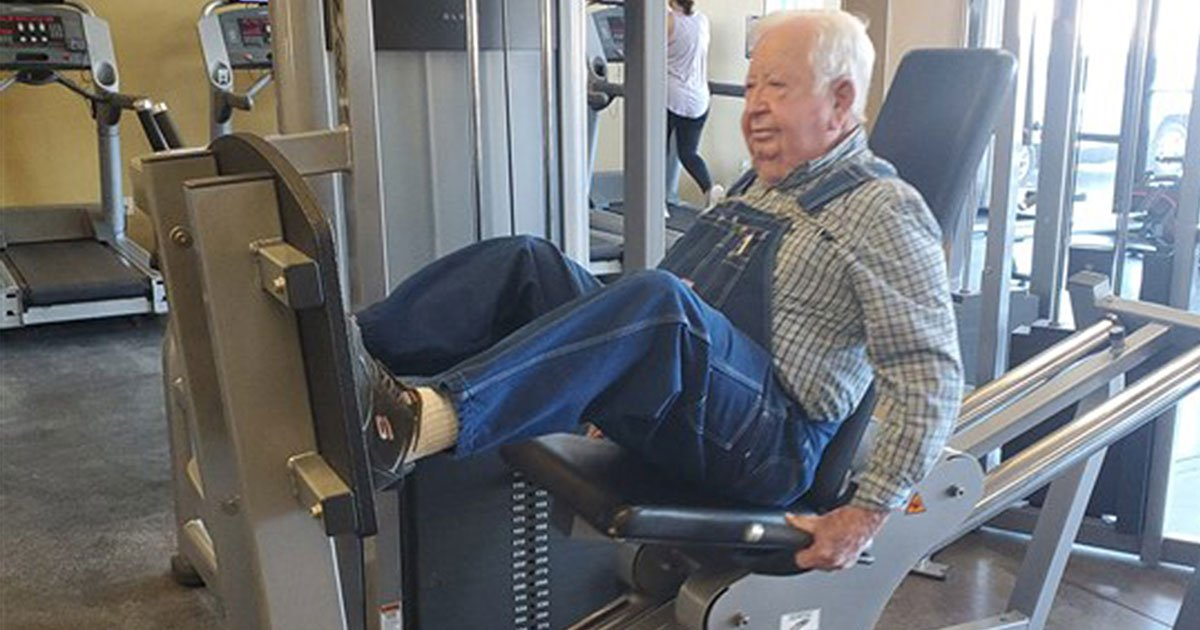 elderly man shows up to the gym three times a week in his denim overalls to work out.jpg?resize=1200,630 - A 91-Year-Old Man Shows Up To The Gym Three Times A Week In His Denim Overalls To Work Out