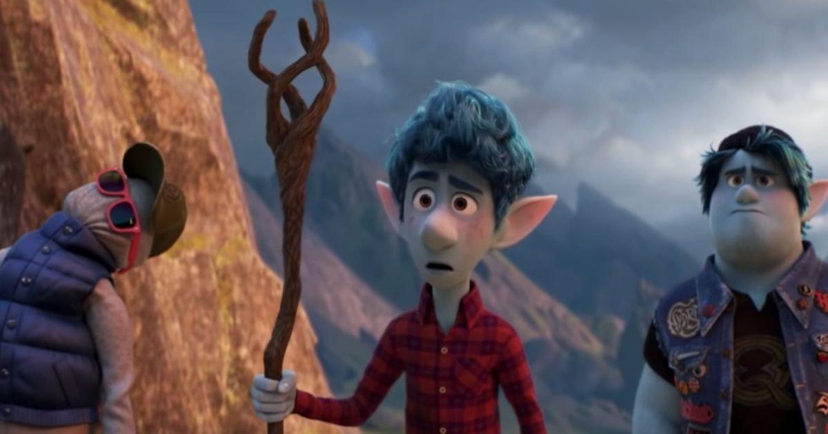en avant 4 mars 2020 pixar e1582676463896.jpg?resize=412,232 - Pour la première fois, le prochain film de Disney aura un personnage ouvertement homosexuel
