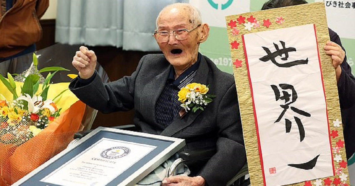 o3 1.jpg?resize=1200,630 - 112-Year-Old Man Said Smiling And Never Getting Angry Are Secrets To Spectacularly Long Life