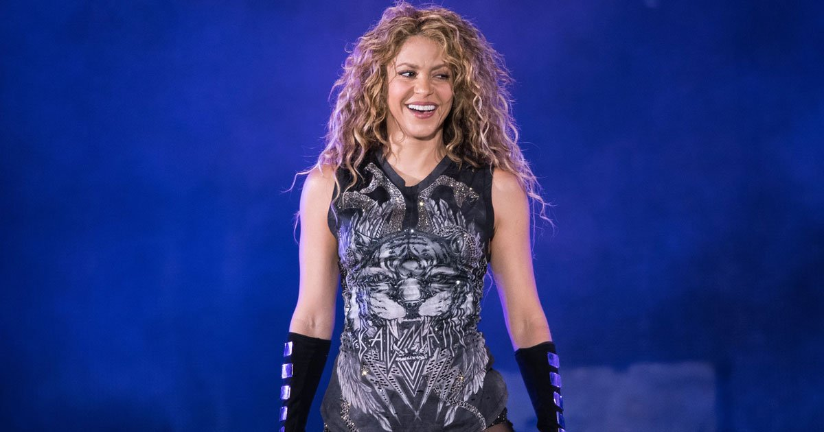 """shakira.jpg?resize=1200,630 - Shakira's Two Hit Songs """"Wherever, Whenever"""" And """"Waka Waka"""" Topped The Charts After Her Super Bowl Performance"""