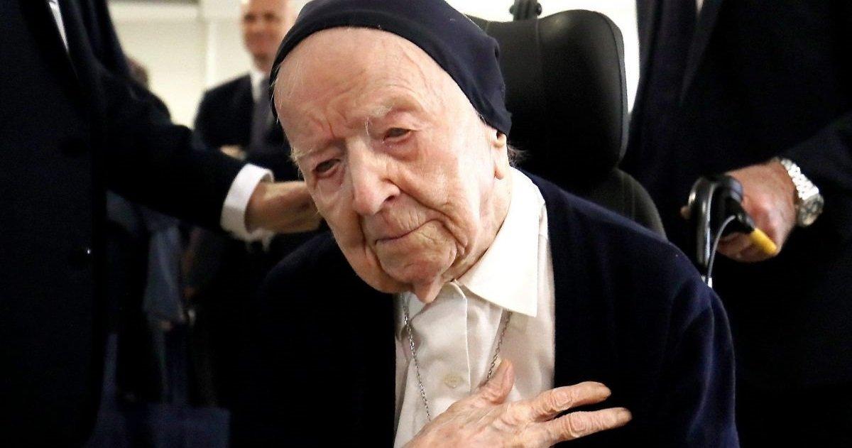 soeur andre.jpg?resize=1200,630 - Respect: La Sœur André, doyenne des Français (et des Européens), vient de fêter ses... 116 ans !