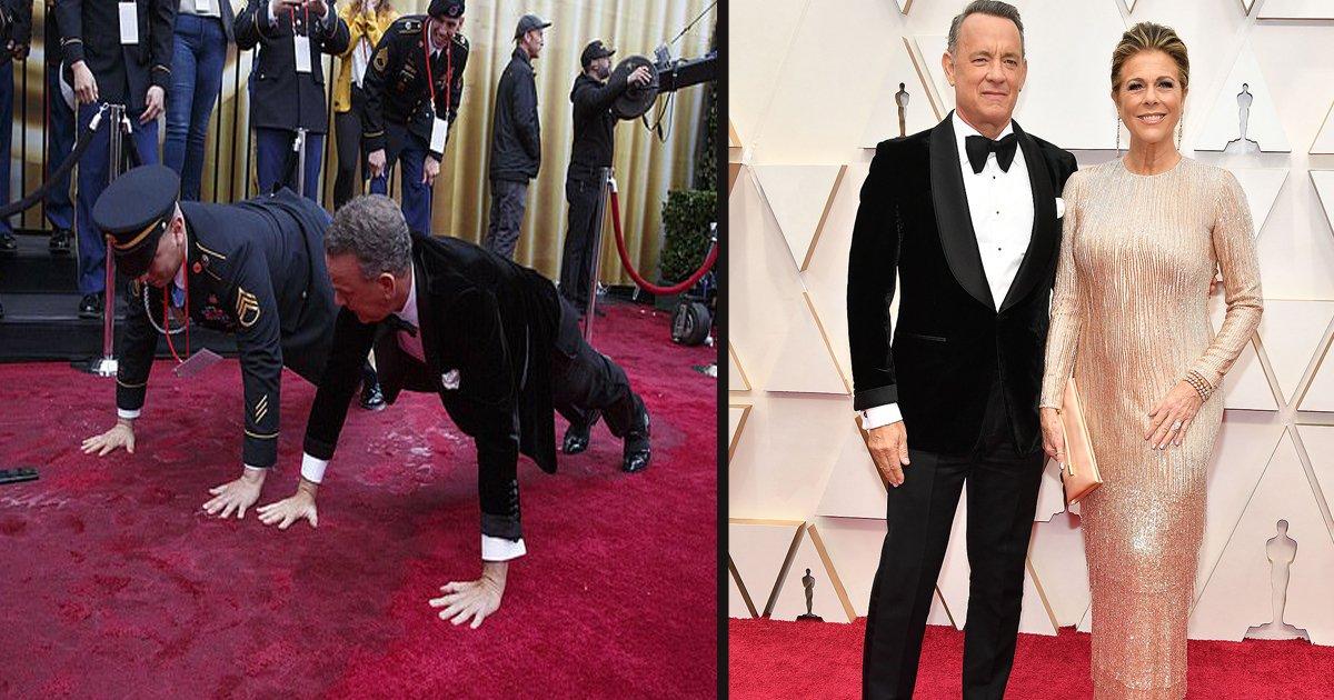 untitled 3 2.jpg?resize=300,169 - Tom Hanks a fait des pompes avec le sergent de l'armée sur le tapis rouge des Oscars