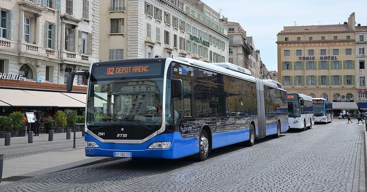vonjour3.jpg?resize=412,232 - Un chauffeur de bus marseillais frappé après avoir refusé de laisser monter deux personnes transportant un frigo