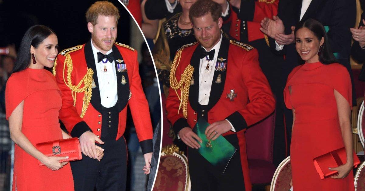 131402 e1583783713896.jpeg?resize=412,232 - Meghan et Harry  : Les Sussex ont coordonné leurs tenues rouges pour une sortie officielle à Londres