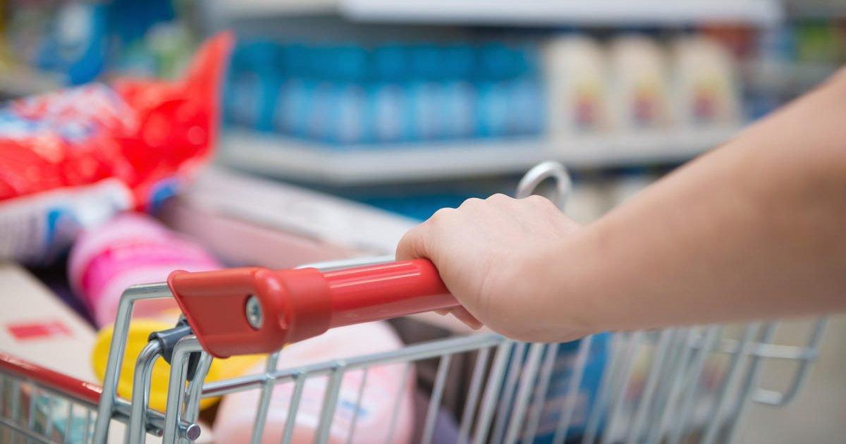4458037 inline e1584557005527.jpg?resize=1200,630 - Pandémie de coronavirus : Les caddies de supermarchés les plus fous repérés sur les réseaux sociaux !