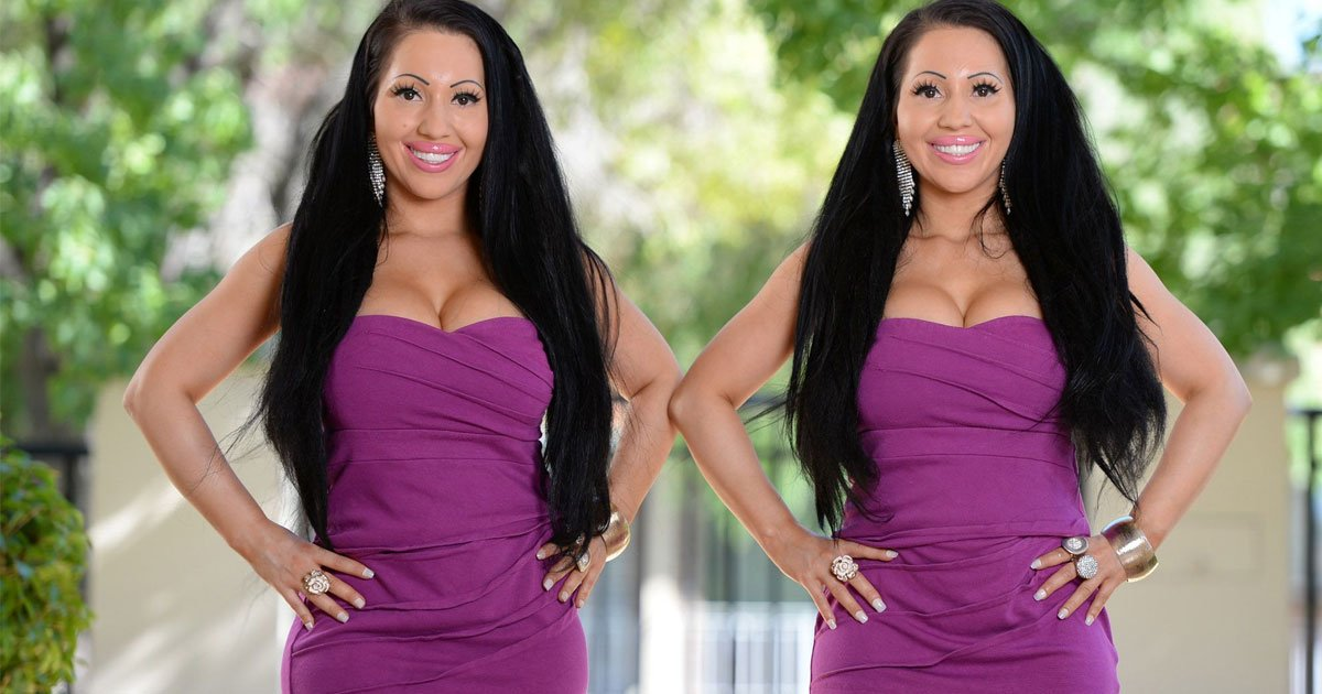 worlds most identical twins revealed they work out for six hours every day and eat only once a day.jpg?resize=412,275 - Twin Sisters Revealed They Work Out For Six Hours Daily And Eat Only Once A Day