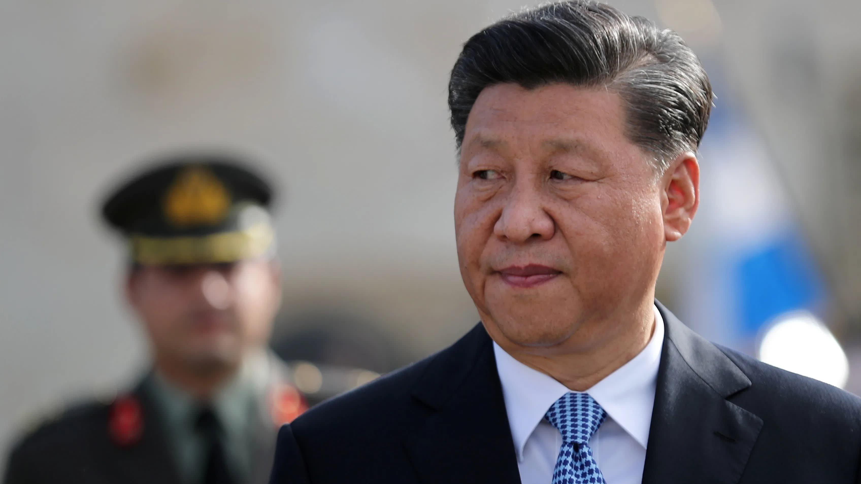 Under fire, Xi recasts himself as early coronavirus fighter ...