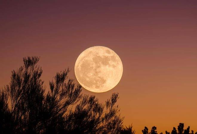 Super Pink Moon 2020: How, when, where to watch in India