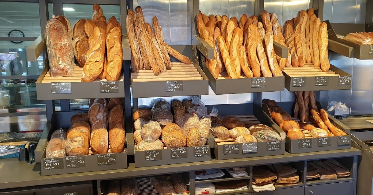 boulangerie.jpg?resize=412,232 - Solidarité: La gendarmerie a fait un étrange cadeau au boulanger de Noyers-sur-Jabron (04)