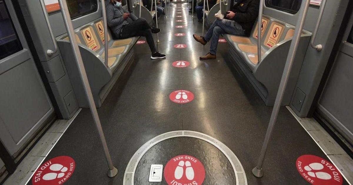 distanciation italie metro e1588236873158.jpeg?resize=412,232 - Déconfinement: à quoi ressemblera la distanciation dans le métro?