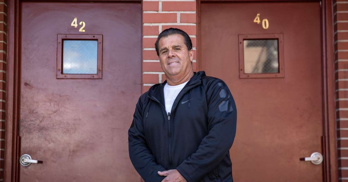 ec8db8eb84ac 1.jpg?resize=412,275 - Landlord Goes No-Rent For A Month: Mario Salerno is Our Neighborhood Hero