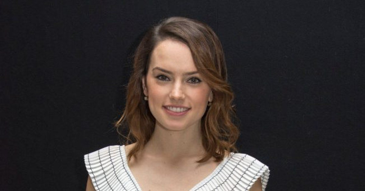 ec8db8eb84ac 17.jpg?resize=412,275 - May The Force Be With You In Your Quarantine! - Daisy Ridley Read Star Wars Children's Book Via Twitter