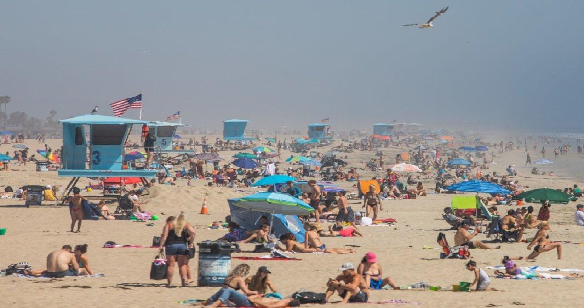 la.jpg?resize=1200,630 - Etats-Unis: pendant le confinement, des milliers d'Américains sont sur la plage