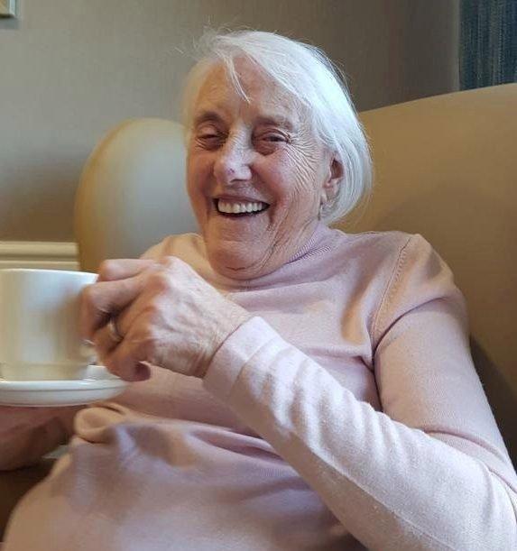 War heroine, 102, who worked alongside Winston Churchill beats ...