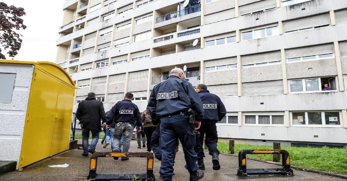 besancon.jpg?resize=1200,630 - Besançon: un jeune homme de 17 ans a été abattu dans le quartier sensible de Planoise