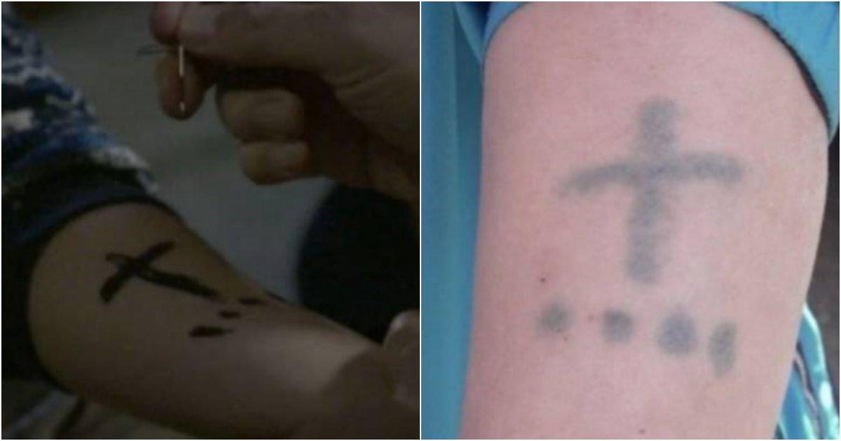 "collage 269.png?resize=1200,630 - ""아빠... 너무 아파요!!!"" 아버지가 어린 '3남매' 팔에 이상한 문신을 강제로한 반전 '이유'"