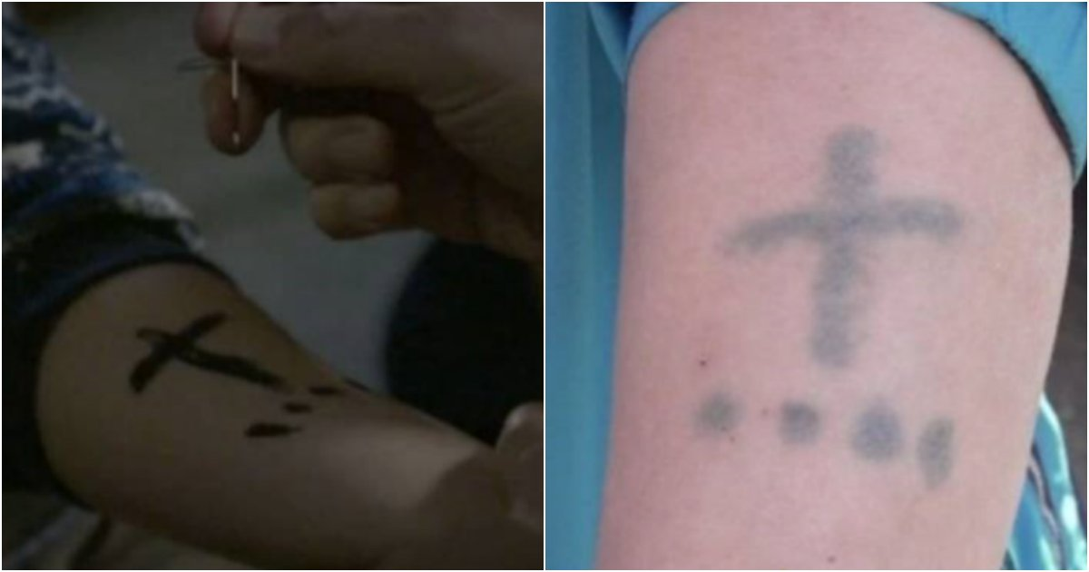 "collage 269.png?resize=412,232 - ""아빠... 너무 아파요!!!"" 아버지가 어린 '3남매' 팔에 이상한 문신을 강제로한 반전 '이유'"