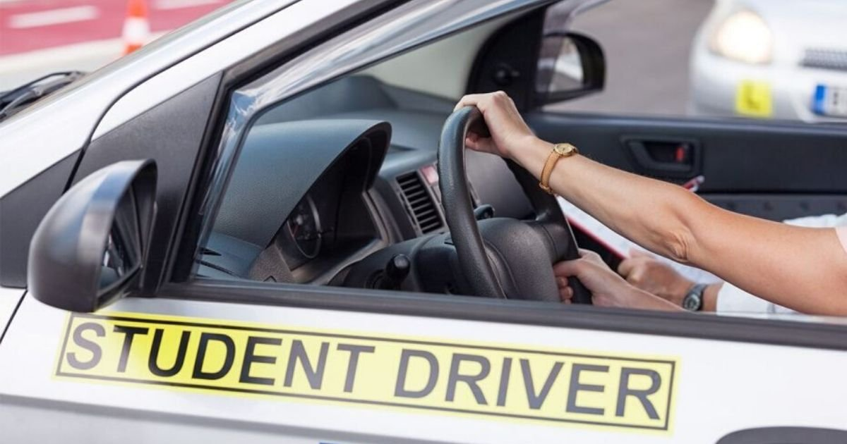 shutterstock.jpg?resize=1200,630 - Around 20,000 Teens in Georgia Received Their Driver Licenses Without a Road Test